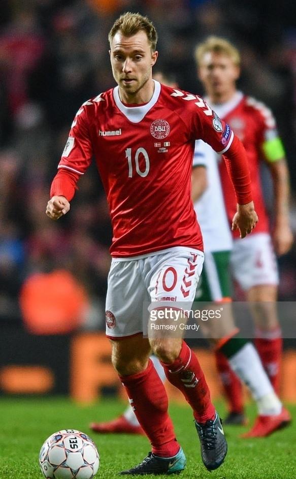 Denmark-2016-17-hummel-home-kit-red-white-red.jpg