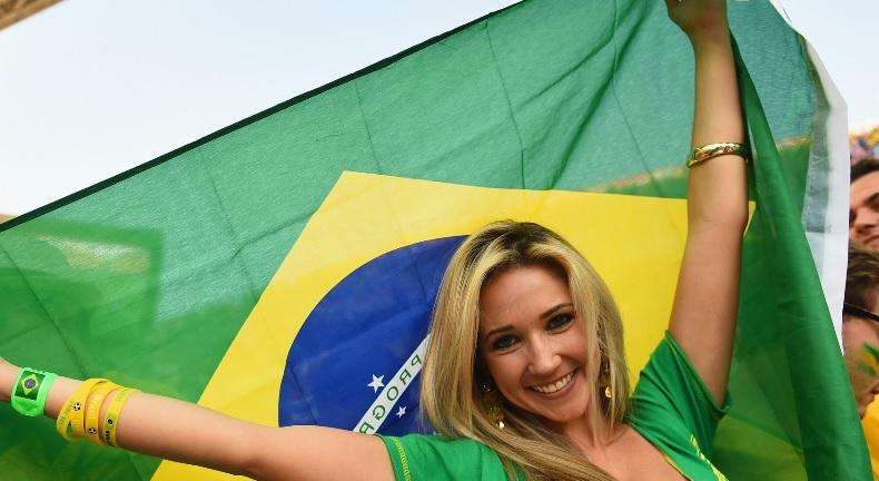ブラジル_美女サポーター_3.jpg