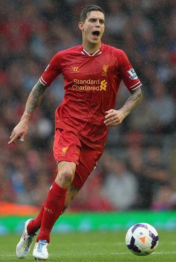 Liverpool-13-14-WARRIOR-first-kit-red-red-red-Daniel-Agger.jpg