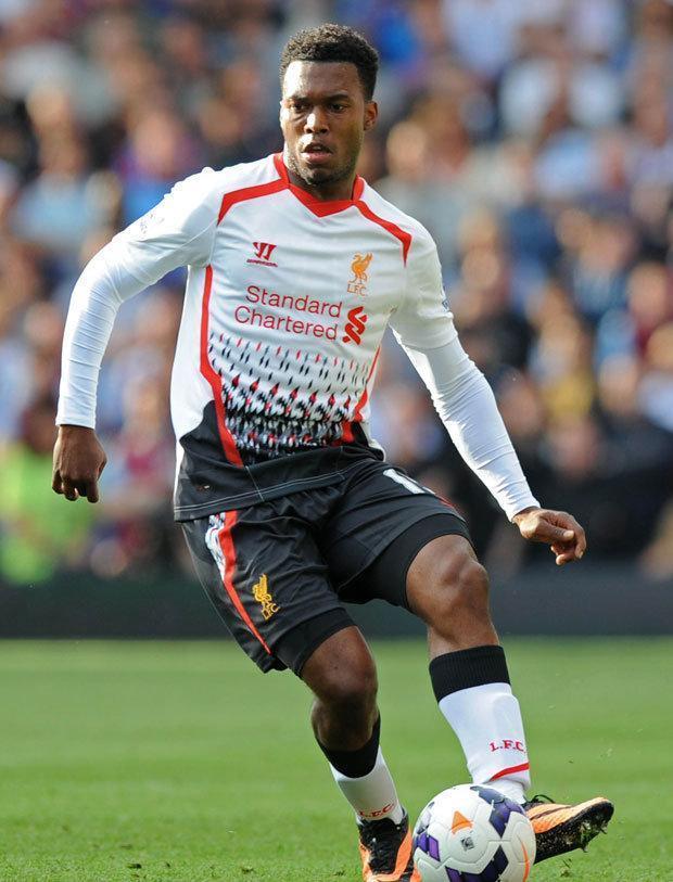 Liverpool-13-14-WARRIOR-second-kit-white-black-white-Daniel-Sturridge.jpg