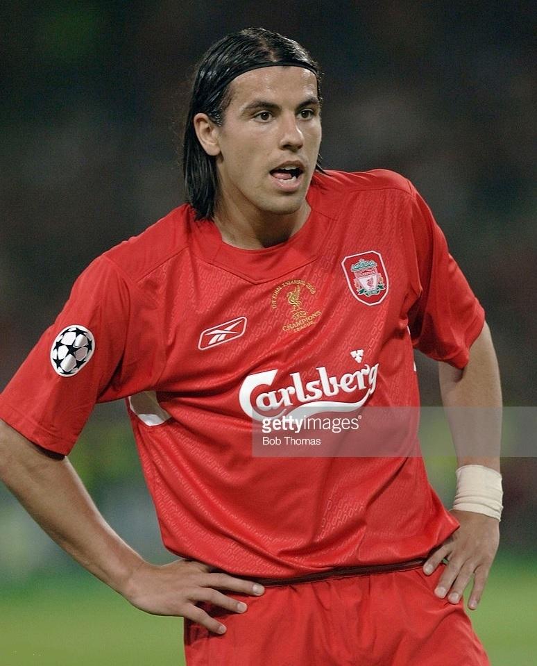 Liverpool-2004-05-Reebok-home-kit-Milan-Baros.jpg
