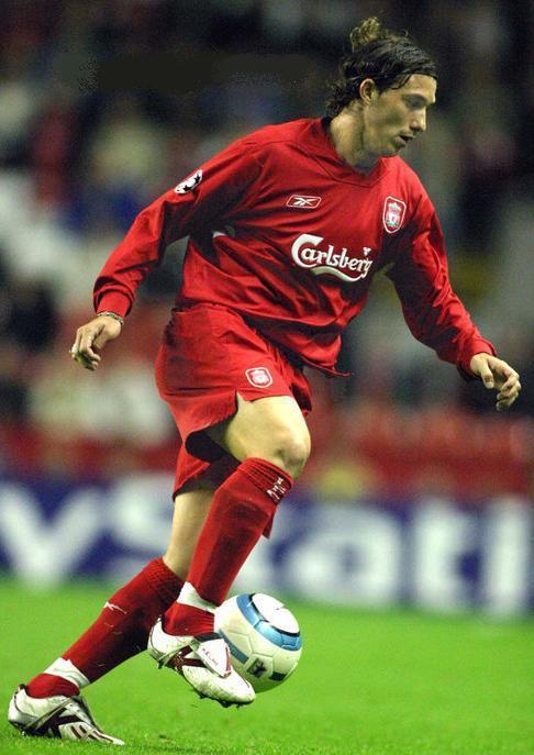Liverpool-FC-04-05-Reebok-first-kit-Josemi.jpg