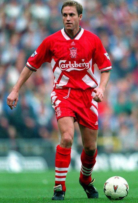 Liverpool-FC-94-95-adidas-first-kit-John-Scales.jpg