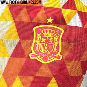 Spain-2016-adidas-new-away-kit-3.jpg