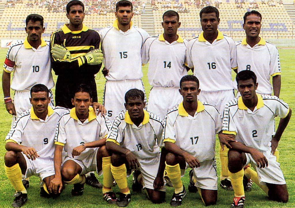 [Imagen: Sri20Lanka-01-unknwn-white-white-yellow-group.JPG]
