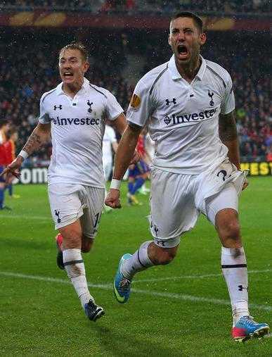 Tottenham-Hotspur-12-13-UNDER-ARMOUR-first-kit-Clint-Dempsey.jpg