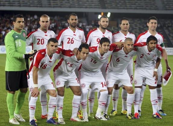 XXVIII Copa Africana de Naciones Gabón y Guinea Ecuatorial 2012 Tunisia-11-13-BURRDA-home-kit-white-white-white-line-up
