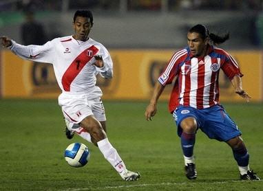 071014ペルー0-0パラグアイ.jpg
