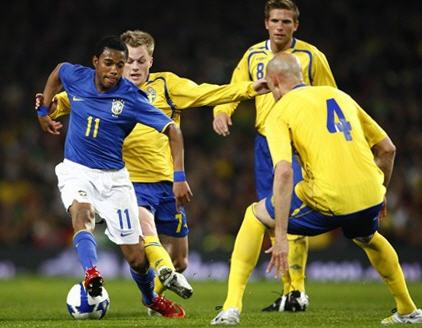 080326スウェーデン0-1ブラジル.jpg