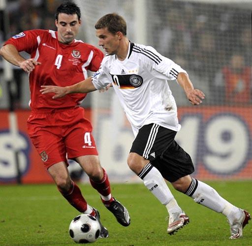 081015ドイツ1-0ウェールズ.JPG