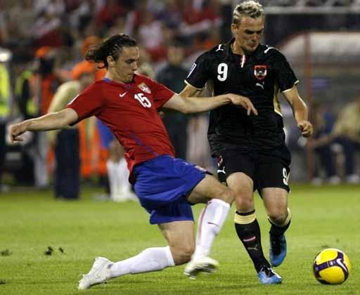 090606-Serbia-1-0-Austria.JPG