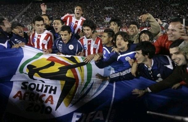 090909-Paraguay-1-0-Argentina-joy.JPG