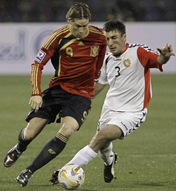 091010-Armenia-1-2-Spain.JPG