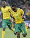 100611-RSA-Siphiwe Tshabalala.jpg