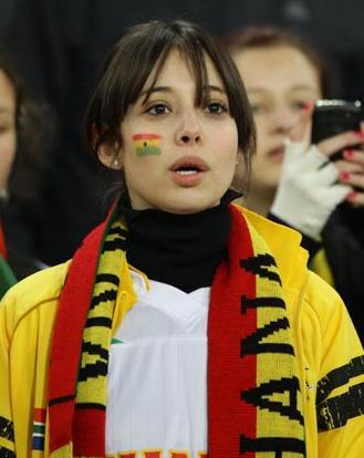100626-Ghana-supporte.JPG