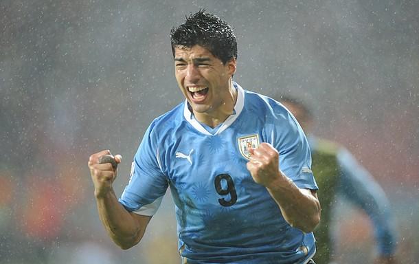 100626-URU-Luis Suarez-2.jpg