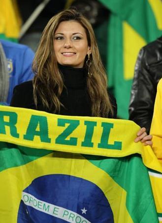 100628-Brazil-supporter-1.JPG