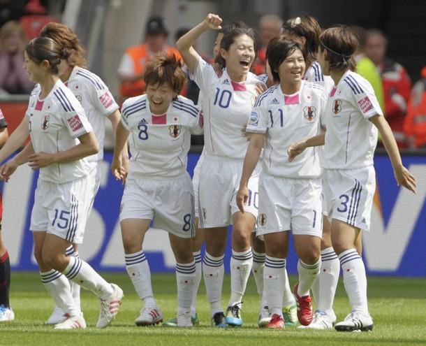 110701-Women-Japan-joy.JPG