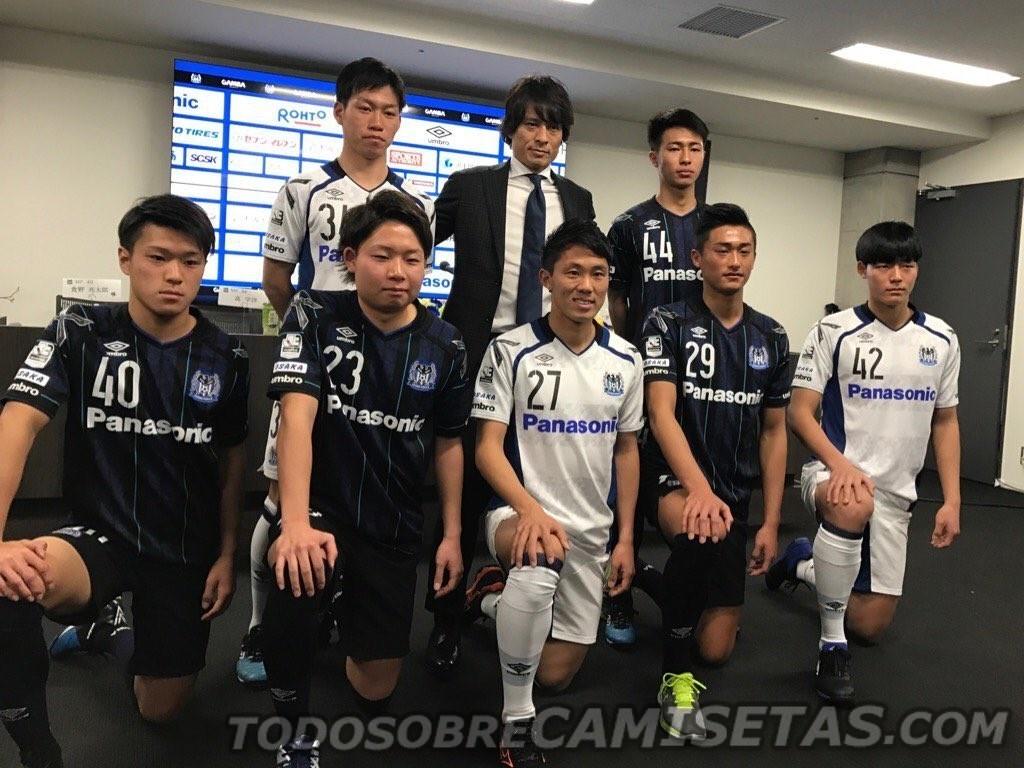 17GambaOsaka12.jpg