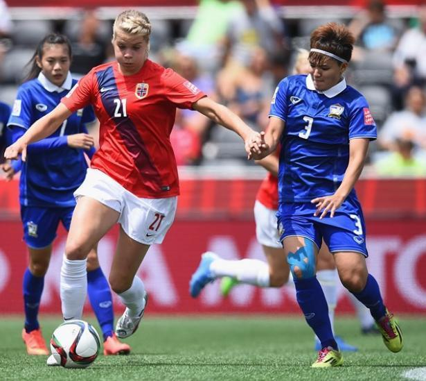 20150607-women's-world-cup-Norway-4-0-Thailand.jpg