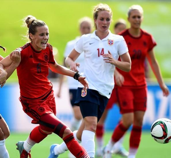 20150611-Women's-world-cup-Germany-1-1-Norway.jpg