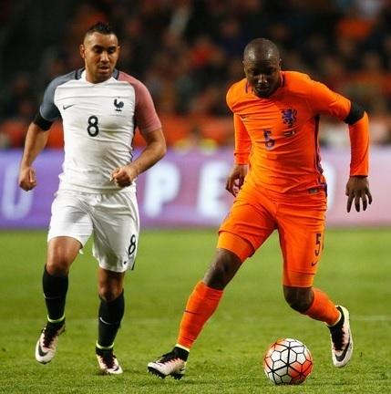 20160325-Netherlands-2-3-France-for-Cruyff-tribute.jpg