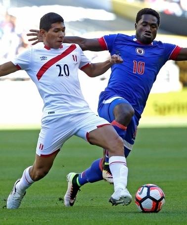 20160604-Copa-America-Sentenario-Haiti-0-1-Peru.jpg