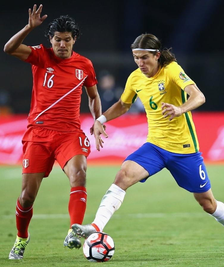 20160612-Copa-America-Sentenario-Brazil-0-1-Peru.jpg