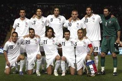 イタリア07-10PUMA白白白-集合.JPG