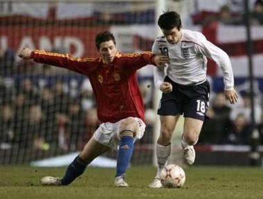 イングランド-スペイン070207.jpg