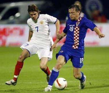 クロアチア青青青0-0ロシア白白赤0706062.jpg