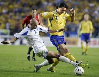 スウェーデン黄青黄5-0アイスランド白白白.070606.jpg