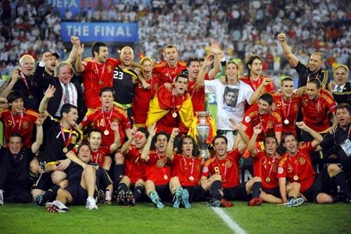 スペイン優勝.JPG