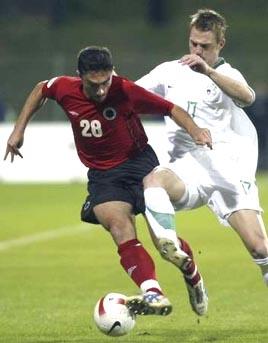 スロベニア白白白0-0アルバニア赤黒赤.JPG
