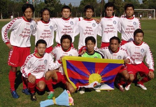 チベット06-07hummel白赤赤-集合2.JPG