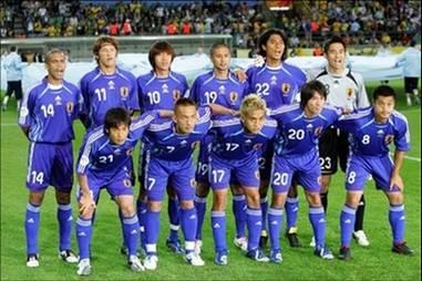 日本06adidas青青青-集合.jpg