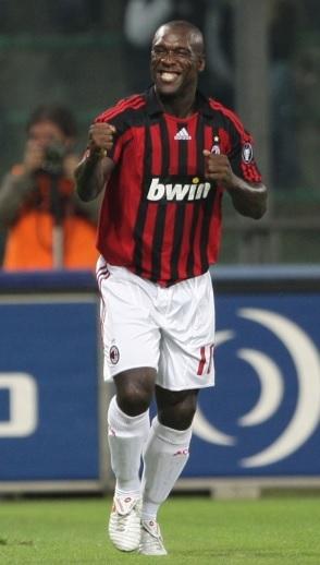 AC-Milan-2007-2008-adidas-first-kit-Clarence-Seedorf.jpg