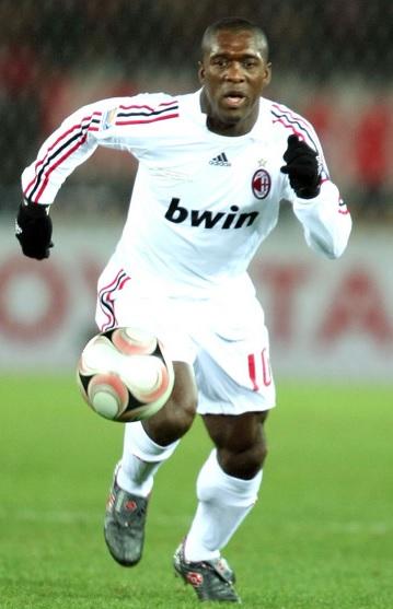 AC-Milan-2007-2008-adidas-second-kit-Clarence-Seedorf.jpg