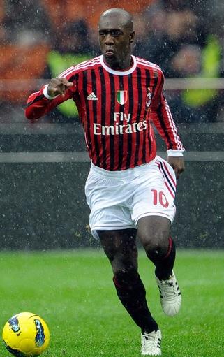 AC-Milan-2011-2012-adidas-first-kit-Clarence-Seedorf.jpg