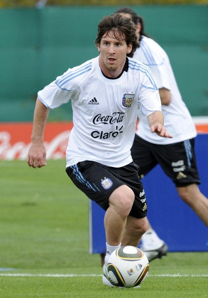Argentina-10-adidas-training-white.JPG