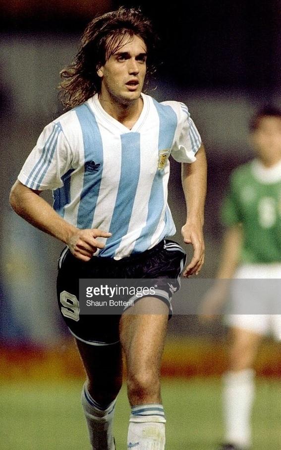 Argentina-1993-adidas-copa-america-champion-kit.jpg