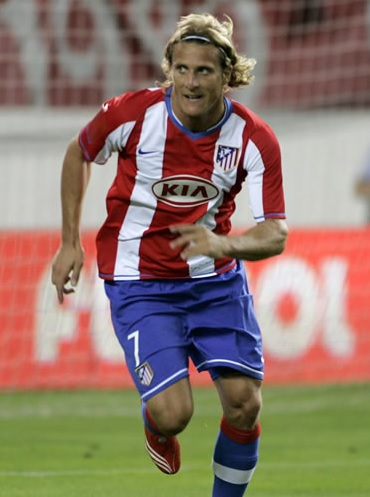 Atletico-Madrid-07-08-NIKE-first-kit-Diego-Forlán .jpg