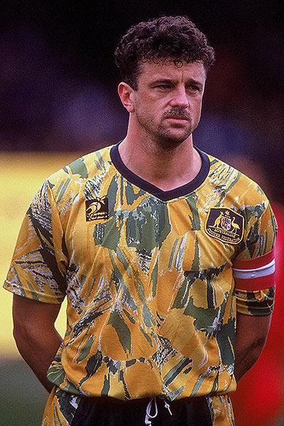 Australia-1993-home-kit-yellow-green-yellow-Graham-Arnold-against-New-Zealand.jpg