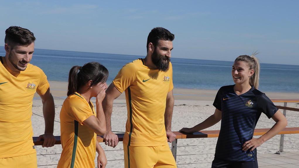 Australia-2016-NIKE-new-kit-1.jpg