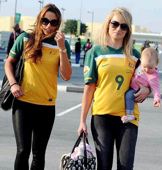 Australia-fans-1.jpg