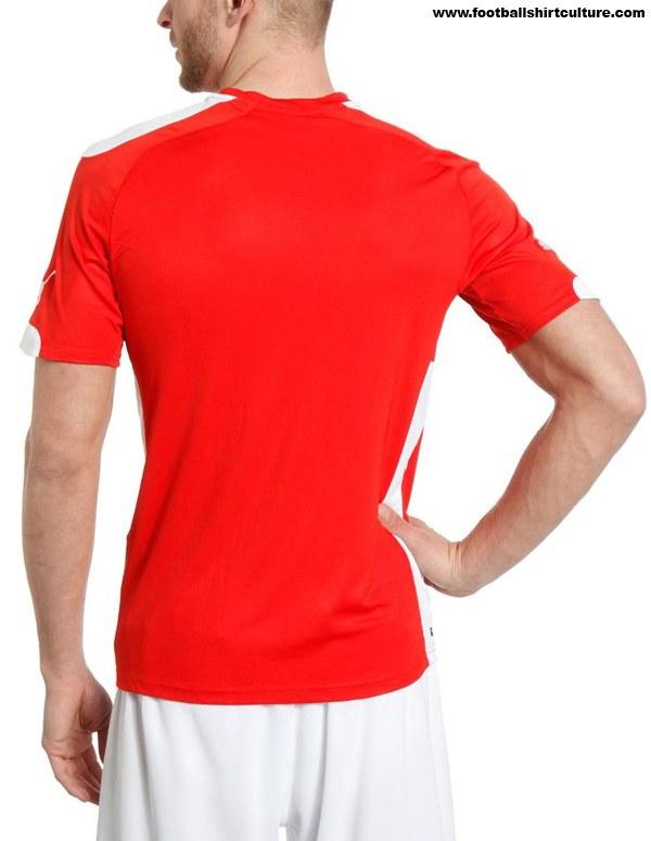 Austria-2014-PUMA-new-home-kit-2.jpg