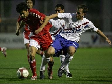 B070604オランダ白青白1-2中国赤赤赤.jpg