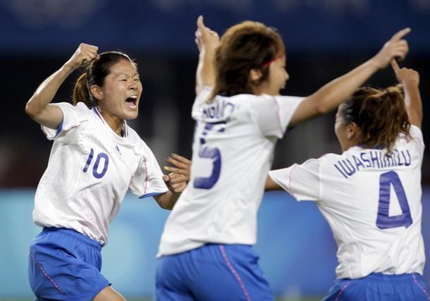 歓喜-女子サッカーなでしこ2.jpg