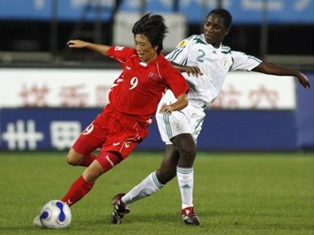 B4北朝鮮赤赤赤2-0ナイジェリア白白白.jpg