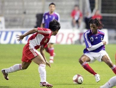 決勝070610フランス青白赤3-1中国赤赤白.jpg